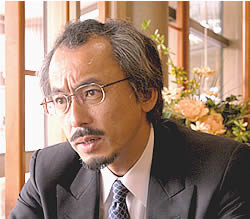 水谷修さん