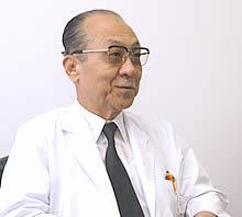 「どう生きるべきかを突きつけられる病気です」と話す今道裕之医師