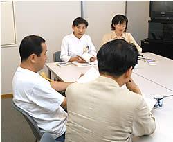 アルコール依存症の妻をもつ夫の集い(新阿武山病院主催)