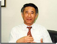 垣添誠雄弁護士の写真